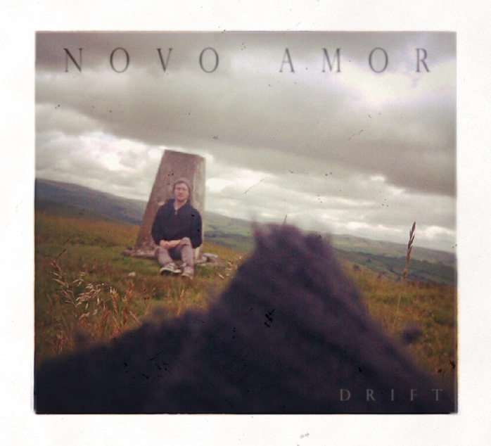 Introducing >>> Novo Amor